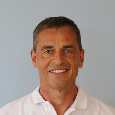 Dr. Dirk Stützle Kieferorthopäde